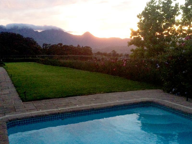 Cape_edelWeiss_Pool